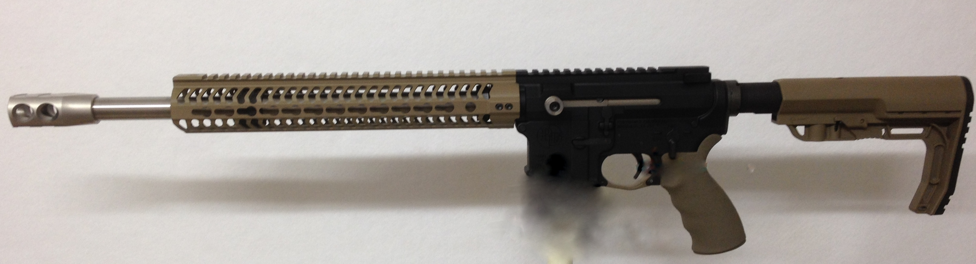Side Charge Beowulf with FDE Odin Free Float Handguard